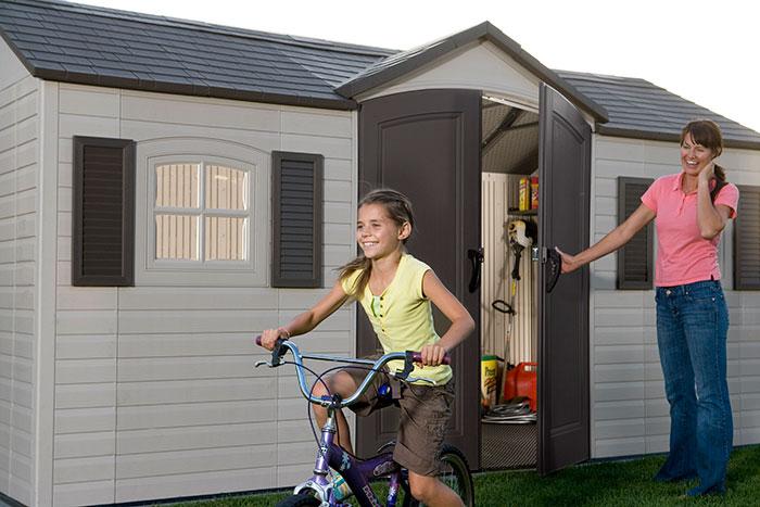 mygartenhaus24-lg10000_lifetime_geraetehaus_garten_villa_lifestyle3